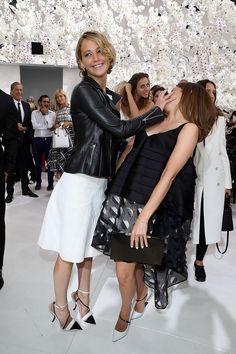 Katniss face-palmed Hermione. | Jennifer Lawrence Face-Palmed Emma Watson