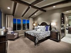MASTER BEDROOM COFFEE BAR You will enjoy all the conveniences of
