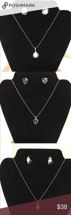 freshwater pearl set freshwater pearl set #pearllover #pearljewelry #pearlbridaljewelry #fashion #love #beautiful Brooke Beautique Jewelry Necklaces