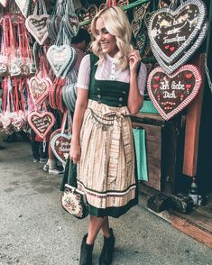 Dirndl, Lebkuchenherz, Wiesn, Oktoberfest, Fashion, Tracht, Tradition German Oktoberfest, Female Mask, Dirndl Dress, Sweet Dress, Vintage Shoes, Vintage Stuff, Vintage Patterns, Lifestyle Blog, Hair Beauty
