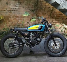 Cafe racers, scramblers, trackers and custom motorcycles Honda Scrambler, Cafe Racer Honda, Cg 125 Cafe Racer, Scrambler Custom, Cafe Racer Bikes, Cafe Racer Motorcycle, Motorcycle Style, Triumph Motorcycles, Custom Motorcycles