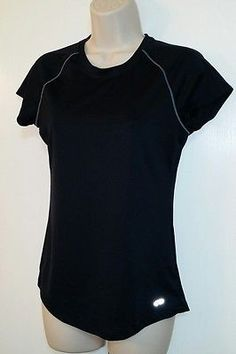 Champion Women's Black Moisture Wicking Athletic Top Size Medium Slim Fit