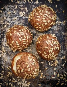 Life-Changing Low-Carb Bread Rolls - food to glow