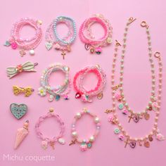 Find images and videos about fashion, pink and kawaii on We Heart It - the app to get lost in what you love. Diy Kawaii Jewelry, Cute Jewelry, Diy Jewelry, Beaded Jewelry, Handmade Jewelry, Jewelry Making, Beaded Bracelets, Jewellery, Kawaii Accessories