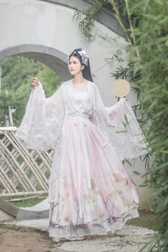 Oriental Dress, Oriental Fashion, Chinese Fashion, Hanfu, Traditional Fashion, Traditional Dresses, Asian Cute, Chinese Clothing, Cosplay Outfits