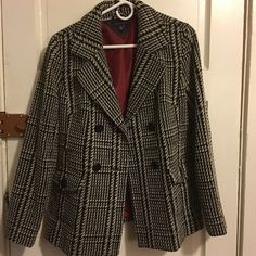 Tommy Hilfiger P coat Super comfortable, no rips or stains, rarely used. Tommy Hilfiger Jackets & Coats Pea Coats