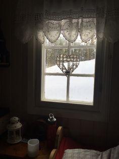 Nye gardiner på soverom