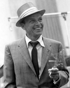 Frank Sinatra Poster Standup 4inx6in black and white 10876798fc18