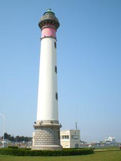 Calvados : Phare de Ouistreham ( phare à terre)