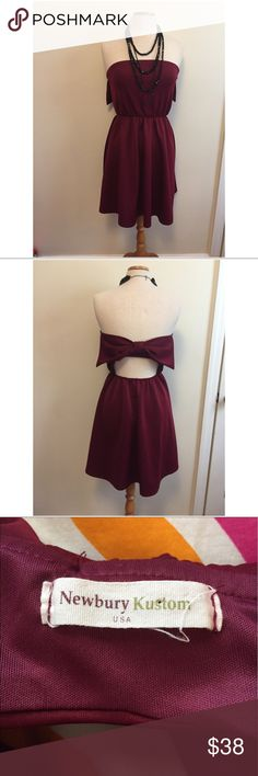 Newberry Kustom burgundy dress EUC adorable burgundy bow dress! Love this for football games or a fun outside concert. Cut out whole and big bow! newbury kustom  Dresses Mini