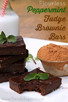 Flourless Peppermint Fudge Brownie Bars  #PrimallyInspired