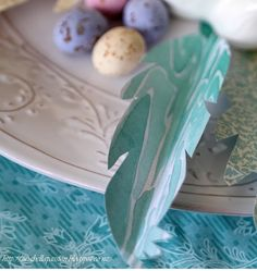Mia Bella Passions: A SIMPLE Easter With Feathers Decor Idea...