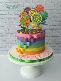 Lollipop, bow, smartie cake