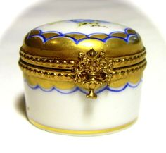 Limoges France French Rare Signed Blue Pansy Trinket Box Pill Peint Main Limoge