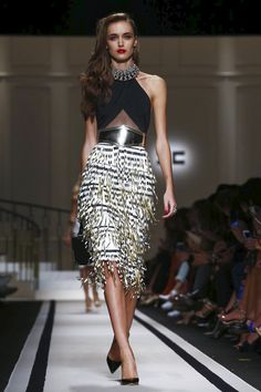 Watch the livestream of the Elisabetta Franchi show ready-to-wear collection Spring/Summer 2017 from Milan.
