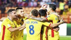 Un meci greu incepe in cateva minute .. un meci care inseamna foarte mult pentru toata Romania ! Romania primește astăzi vizita Poloniei, într-un meci deosebit de important în contextul calificării la Campionatul Mondial din 2018. Meciul va fi la 21:45, în direct la TVR 1. Va aducem acum si echipele de start: Romania: Tătărușanu – Benzar, Chiricheș, Dr. Grigore, Toșca – Hoban – Ad. Popa, R. Marin, N. Stanciu, Chipciu – B. Stancu Rezerve: Pantilimon, S. Lung jr., Săpunaru, Moți, Latovelvici…