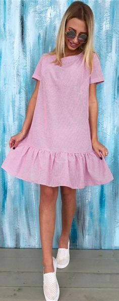 Girly loose dress for pear shaped body   Outfit ideas
