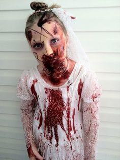 Super Scary Halloween Costume ~ Zombie Bride