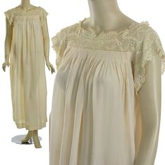 Antique Victorian Nightgown Edwardian Lace nightgown Irish crochet lace…