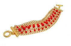 Um toque de vermelho para aquecer seus sonhos! 👏❤👸🌋🌃 #pulseira #pulseirismo #tendencia #moda #vermelho #sonho #boanoite #red #bracelet #trend #fashion #dream #goodnight #instalook #instafashion #instamood #instalike
