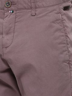 Details make a man!! #rarerabbit #garmentdetails #trouserdeatils #tapedetail #menstrouser #mensfashion #gentleman #gentlemanfashion #mensaccessories www.rarerabbit.in Men Trousers, Work Trousers, Denim Pants Mens, Slim Fit Trousers, Trouser Pants, Slacks, Twill Pants, Fashion Pants, Detail