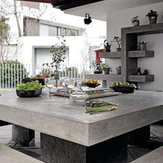 Me encanta el tamaño de esta mesa además de que es de concreto <3