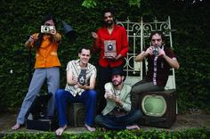 """O Cérebro Eletrônico é certamente uma das mais criativas e excitantes bandas surgidas da cena alternativa de São Paulo no início do século XXI. Transcendendo os limites tradicionais de gêneros, sua música flutua entre a eletrônica, o rock, o pop e a MPB. No dia 13, às 20h, no Centro cultural da Juventude Ruth Cardoso...<br /><a class=""""more-link"""" href=""""https://catracalivre.com.br/geral/agenda/barato/sexta-sonora-no-ccj/"""">Continue lendo »</a>"""