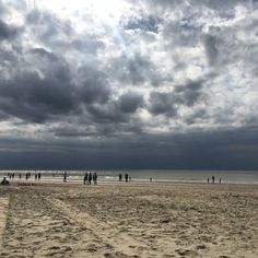 cladelcroix:  Berck-plage #berck #berckplage #mer #dune #beach #water #sky #clouds #cloudporn #pretty #sand #beauty #silhouette #light #sunlight #picoftheday #photooftheday #instadaily #instagood #amazing #beautiful #bestoftheday #art #igtravel #all_shots #mytravelgram #instaiphone #iphonegraphy #iphoneogram (à Berck-plage)