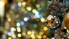 Скачать обои праздник, новый год, ёлка, огни, раздел новый год в разрешении 1366x768