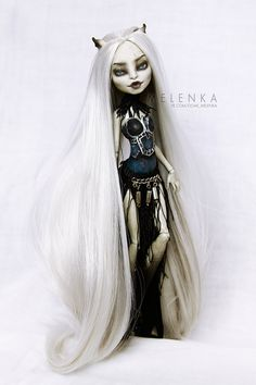 Gargoyle by melenka on DeviantArt Monster High Repaint, Monster High Dolls, Ooak Dolls, Barbie Dolls, Bjd, Ever After Dolls, Crazy Toys, Scary Dolls, Monster High Custom