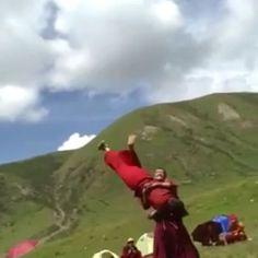 📍#TibetanMonks #PhayulVideos . . ༜~࿂~༜~࿂~༜~࿂~༜~࿂~༜~࿂~༜~࿂ #TibetanPortraits #Phayul #Tibet #Tibetan #Kham #UTsang #Amdo #Lhasa #TibetanMen ༜~࿂~༜~࿂~༜~࿂~༜~࿂~༜~࿂~༜~࿂ ☀️🐚 #DalaiLama #Himalaya #Karmapa #IGTibet_Family  #Buddha #Buddhism #Buddhist #Qinghai #Sichuan #Xizang #Gansu #Fitness #LonelyPlanet #Outdoors #Competition #NatGeo #Native #NomadLife #NOMAD ༜~࿂~༜~࿂~༜~࿂~༜~࿂~༜~࿂~༜~࿂