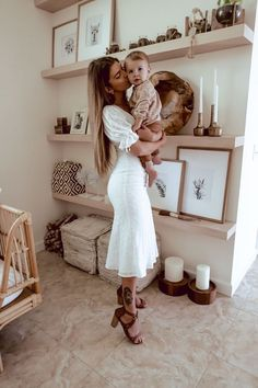 Mom And Baby, Baby Kids, Cute Kids, Cute Babies, Mode Hippie, Cute Family, Family Goals, Fall Family, Future Mom