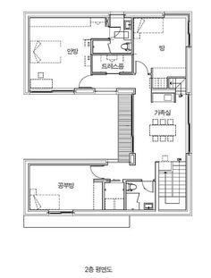"[BY 전원주택라이프] ""거실이 훤히 들여다보이는 주택은 원치 않았죠. 우리 가족만의 공간이기에 누구에... Small Floor Plans, House Floor Plans, Traditional Japanese House, Unit Plan, Architecture Plan, Detached House, My Dream Home, Building A House, House Design"