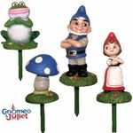 I need this for rylee. She loves gnomeo & juliet.. We had to get pink flamingos for the yard because of this movie!!