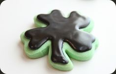 Mint Cut-Out Cookies with Dark Chocolate Glaze Icing @createdbydiane