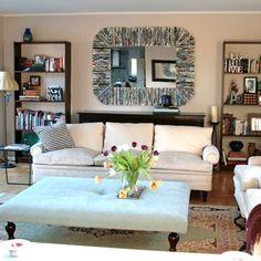 Moldura com revistas velhas pode frequentar qualquer ambiente de sua casa (Foto: recreatedesigncompany.com)