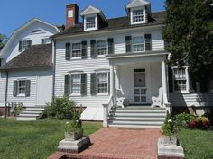 Sagtikos Manor Holds 3 Centuries of Long Island History Under 1 Roof