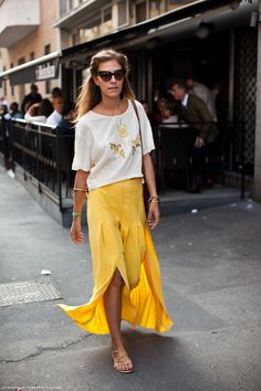 Yellow maxi shirt and loose white blouse. 15 Street Style Looks That Make Us Excited For Summer, PHOTO: Stockholm Street Style Looks Street Style, Street Style Summer, Yellow Maxi Skirts, Summer Skirts, Yellow Pants, Flowy Skirt, Yellow Dress, Maxi Dresses, Summer Outfits