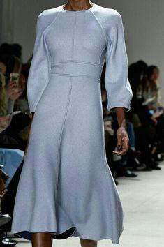 Lela Rose at New York Fashion Week Fall 2016 - Details Runwa.- Lela Rose at New York Fashion Week Fall 2016 – Details Runway Photos New York Fashion, Runway Fashion, Trendy Fashion, Womens Fashion, Fashion Tips, Fashion Trends, Fall Fashion, Fashion Hacks, Fashion Images