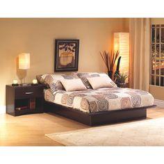 Cet élégant lit plateforme grandeur queen convient parfaitement à toutes les chambres à coucher. Ce lit queen (60 po) au fini chocolat chaleureux est construit solidement et vous offrira des années d'utilisation. Si vous souhaitez... Obtenez la livraison gratuite sur les commandes de plus de 35 $.