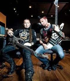 """In Guitar World - the secret ingredients that make the ""dynamic duo"" of 5FDP work: ✅ Respect - ✅ The Music & The Team Come First - ✅ Work harder than…"""