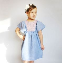 Kleider - Sommer Kleid aus Leinen, Blumenmädchen Kleid - ein Designerstück von mimiikids bei DaWanda