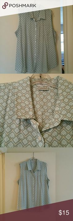 Van Heusen sleeveless blouse Mint green, gray and tan geometric design, front breast pocket, 80 rayon/20 nylon, machine wash. Great for layering either over or under. Van Heusen Tops Blouses