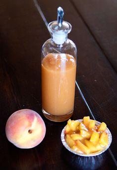 recipe: fresh peach sauce | Café Zupas