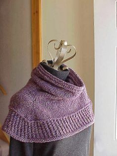 Kriskrafter: Free Knitting Pattern - Soft Shoulder Cowl