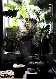 Studio Oliver Gustav (home decorator, shop in Copenhagen) photo : Line Thit Klein    (via Yvonne Koné blog)
