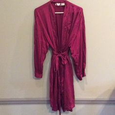 VS Silk Wrap Robe 100% silk robe. No holes, stains etc. Very soft and luxurious feeling & machine washable. Negotiable and will reduce for discounted shipping, just ask. Victoria's Secret Intimates & Sleepwear Robes