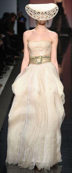 Gattinoni  Haute Couture - Cream chiffon ruffled long  dress