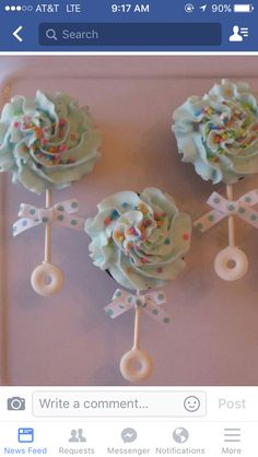 Baby Rattle Cupcakesthese are the BEST Baby Shower Ideas! 2019 Baby Rattle Cupcakesthese are the BEST Baby Shower Ideas! The post Baby Rattle Cupcakesthese are the BEST Baby Shower Ideas! 2019 appeared first on Baby Shower Diy. Baby Shower Kuchen, Gateau Baby Shower, Idee Baby Shower, Shower Bebe, Baby Shower Cupcakes Neutral, Baby Shower Cupcakes For Girls, Baby Shower Cupcake Cake, Desserts For Baby Shower, Easy Baby Shower Cakes