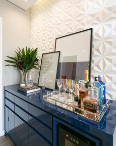 Home Bar Sets, Bars For Home, Dinning Room Bar, Built In Bar Cabinet, Coffee Bar Home, Bar Cart Decor, Home Bar Furniture, Dinner Room, Home Garden Design